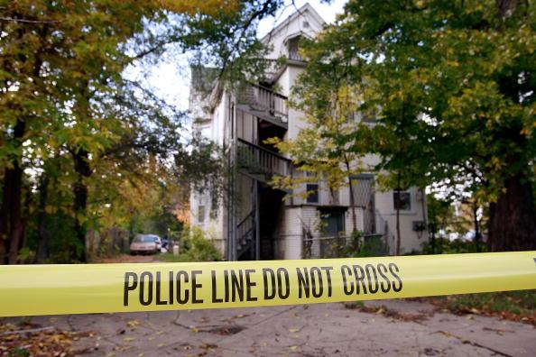 Murder「Two People Shot Dead At Jennifer Hudson's Mothers House」:写真・画像(12)[壁紙.com]