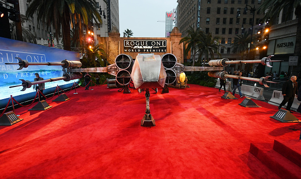 "Franchising「Premiere Of Walt Disney Pictures And Lucasfilm's ""Rogue One: A Star Wars Story"" - Arrivals」:写真・画像(3)[壁紙.com]"
