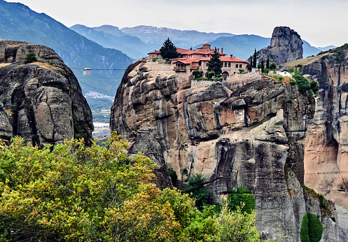 World Heritage「The Holy Trinity monastery in the Meteora.」:スマホ壁紙(14)