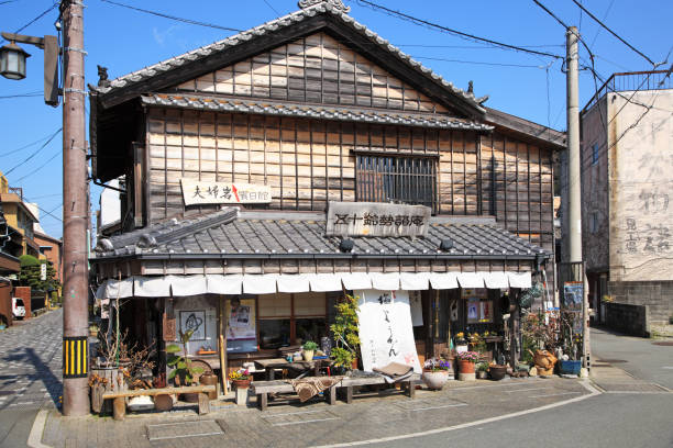 Old private house, shop at Futamiura, Ise, Mie, Japan:スマホ壁紙(壁紙.com)