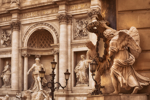 Mythology「Angel Statues and Trevi Fountain in Rome, Italy」:スマホ壁紙(16)