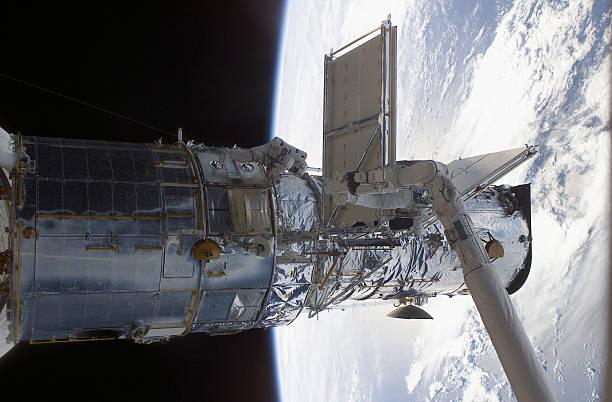 Hubble Space Telescope Repair:ニュース(壁紙.com)