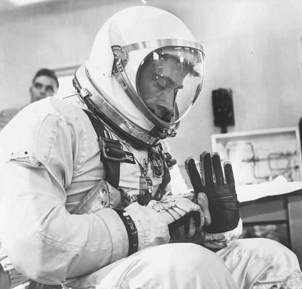 宇宙飛行士「John W. Young」:写真・画像(11)[壁紙.com]