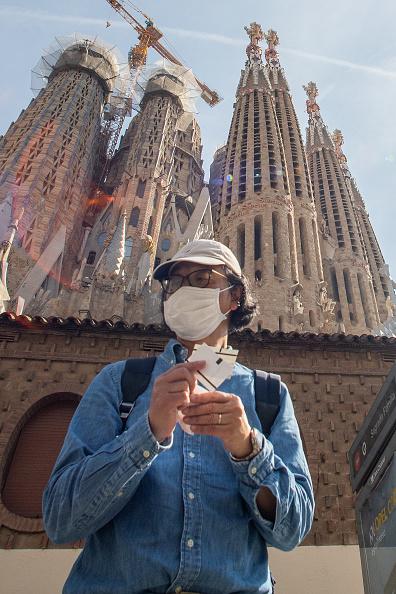 サグラダ・ファミリア「Barcelona Impacted By Coronavirus」:写真・画像(9)[壁紙.com]