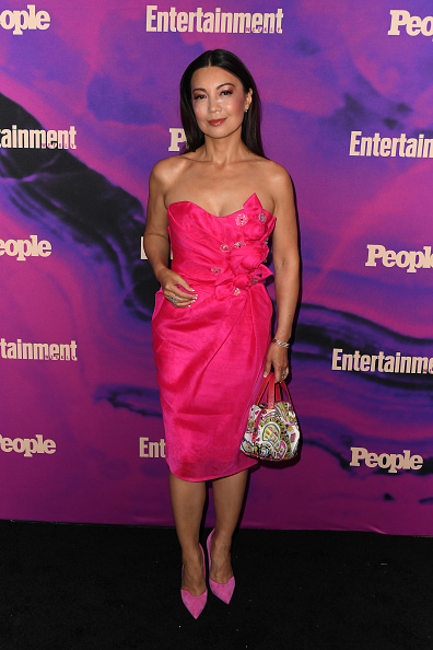 Strapless Dress「People & Entertainment Weekly 2019 Upfronts」:写真・画像(14)[壁紙.com]