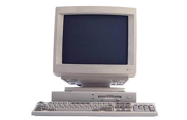 Computer monitor and keyboard:スマホ壁紙(壁紙.com)