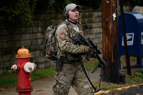 Tree Squirrel「Shooter Opens Fire At Pittsburgh Synagogue」:写真・画像(18)[壁紙.com]