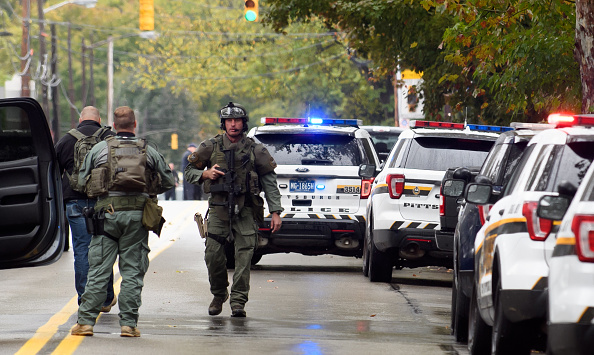 Pennsylvania「Shooter Opens Fire At Pittsburgh Synagogue」:写真・画像(15)[壁紙.com]