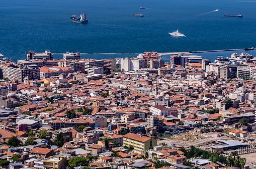 Aegean Sea「Turkey, Izmir, Aegean Region, View to harbour」:スマホ壁紙(15)