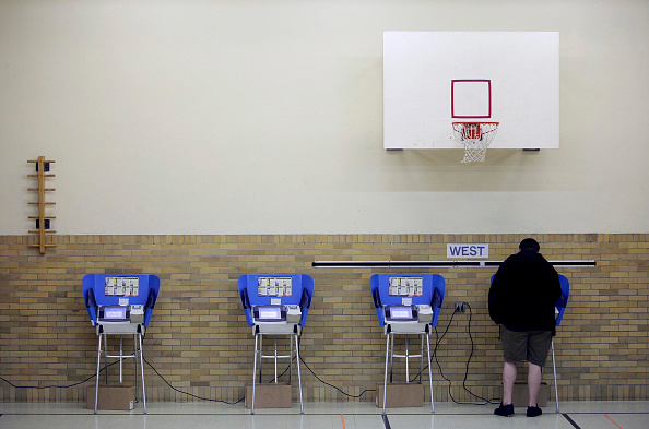 Machinery「U.S. Citizens Head To The Polls To Vote In Presidential Election」:写真・画像(15)[壁紙.com]