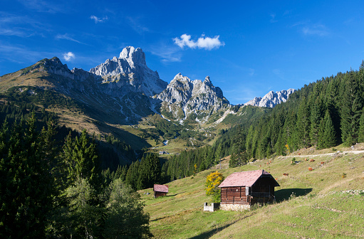 Dachstein Mountains「Austria, Filzmoos, Dachstein Mountains, Gosaukamm, Bischofsmuetze」:スマホ壁紙(4)