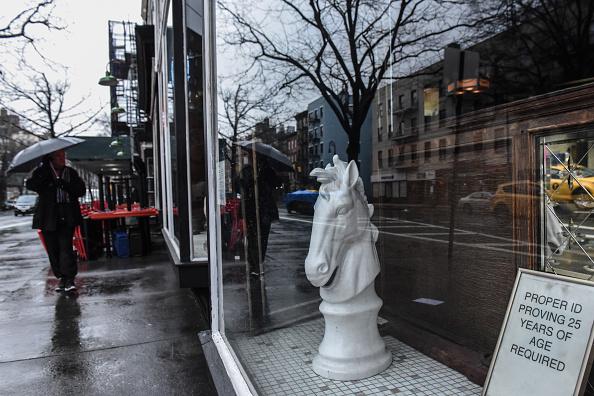 歴史「Protest Held At Iconic Greenwich Village Bar, The White Horse Tavern, Over Its Change Of Ownership」:写真・画像(0)[壁紙.com]