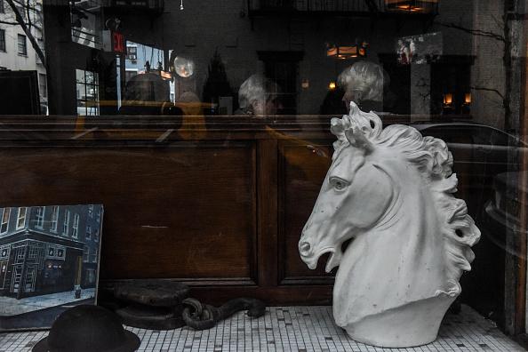 歴史「Protest Held At Iconic Greenwich Village Bar, The White Horse Tavern, Over Its Change Of Ownership」:写真・画像(4)[壁紙.com]