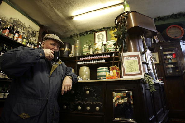 たんぽぽ「The Last Temperance Bar In Britain」:写真・画像(0)[壁紙.com]