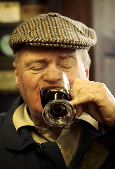 たんぽぽ「The Last Temperance Bar In Britain」:写真・画像(0)[壁紙.com]