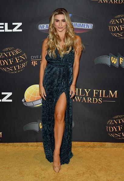 High Heels「24th Family Film Awards - Arrivals」:写真・画像(2)[壁紙.com]