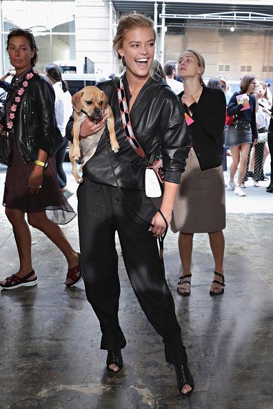 犬「Zadig & Voltaire - Front Row - September 2017 - New York Fashion Week」:写真・画像(8)[壁紙.com]