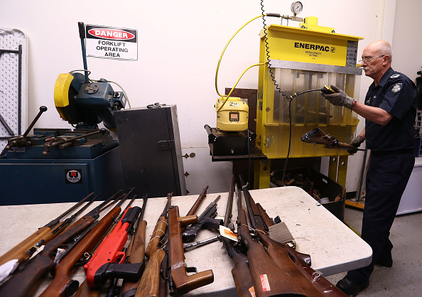 オーストラリア「Victoria Police Exhibit Guns Collected As Part Of The National Firearms Amnesty」:写真・画像(5)[壁紙.com]