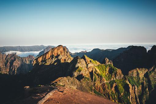 Pico Do Arieiro「Sunrise On Pico De Arieiro」:スマホ壁紙(2)