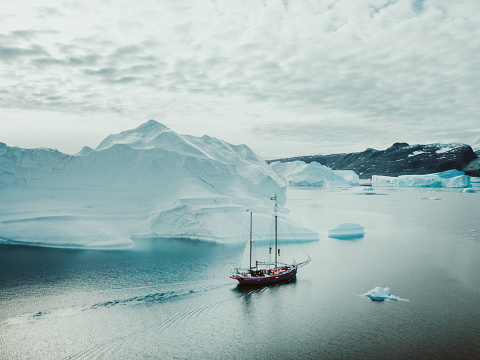 Island「Sailing Expedition in East Greenland」:スマホ壁紙(19)