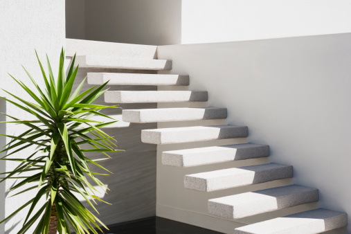 Steps and Staircases「Floating staircase on exterior of house」:スマホ壁紙(16)