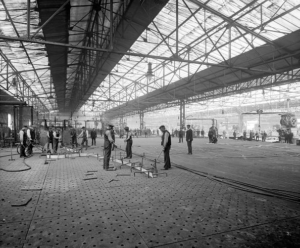 Birkenhead「Cammell Laird shipyard, Birkenhead, Merseyside, 1913」:写真・画像(19)[壁紙.com]