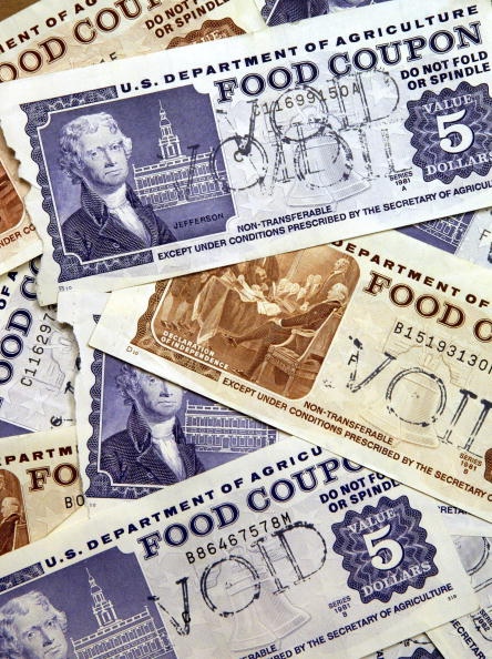 USA「Electronic Food Stamp 'Debit' Cards Replace Paper Coupons」:写真・画像(18)[壁紙.com]