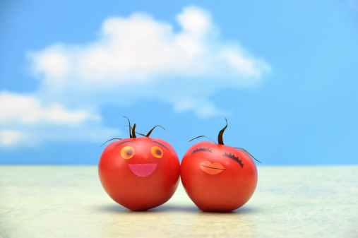 Character「Two tomatoes with the face」:スマホ壁紙(6)