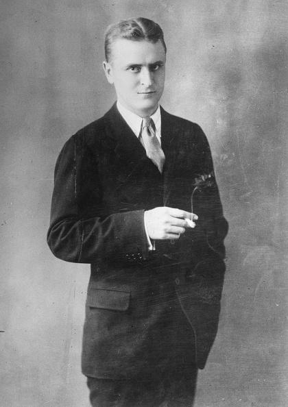 作家「F Scott Fitzgerald」:写真・画像(4)[壁紙.com]