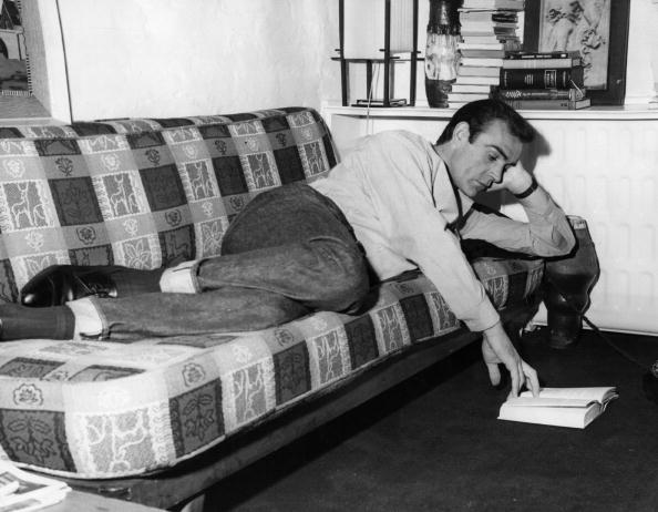 Reading「Sean Connery」:写真・画像(13)[壁紙.com]