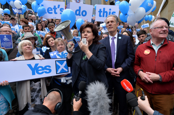 Glasgow - Scotland「The Final Day Of Campaigning For The Scottish Referendum Ahead Of Tomorrow's Historic Vote」:写真・画像(5)[壁紙.com]