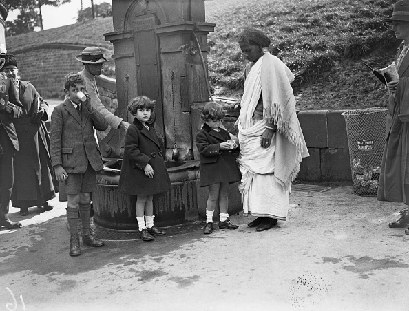 Indian Subcontinent Ethnicity「Indian Nanny At St Ann's Well」:写真・画像(7)[壁紙.com]