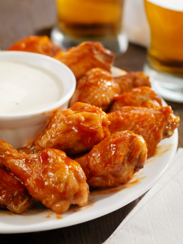 Side Dish「Hot Chicken Wings and Beer」:スマホ壁紙(15)