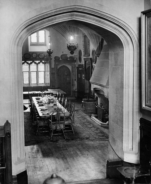 Dining Room「Beaulieu Palace Dining Hall」:写真・画像(16)[壁紙.com]