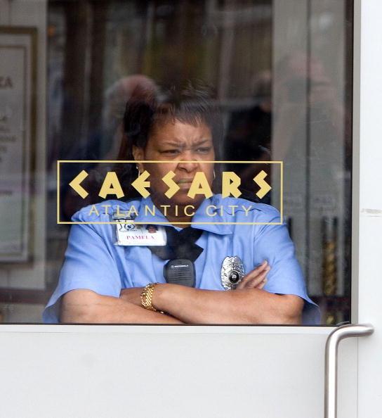 Furlough「Budget Crisis Forces Closure Of Atlantic City Casinos」:写真・画像(8)[壁紙.com]