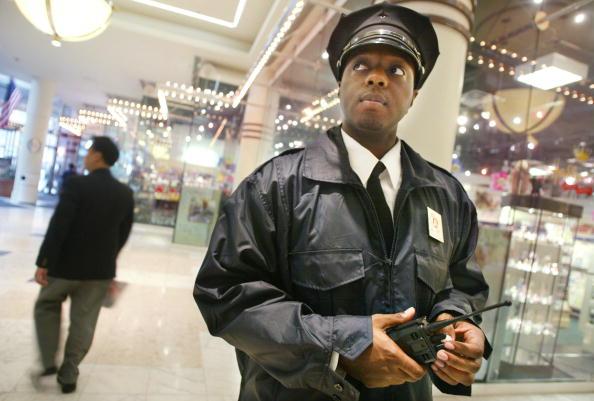 Sports Target「Security Threat to Malls」:写真・画像(17)[壁紙.com]