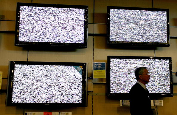 映画のスクリーニング「State Regulators To Propose Energy Limits For Televisions」:写真・画像(5)[壁紙.com]