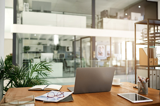 New Business「An organised workspace leads to more productivity」:スマホ壁紙(18)