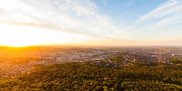 Stuttgart「Germany, cityscape of Stuttgart at sunset」:スマホ壁紙(13)