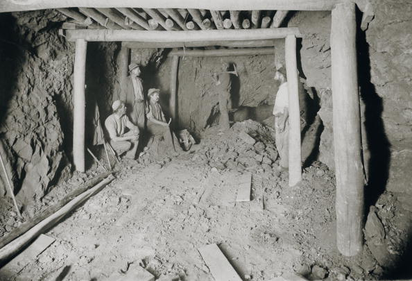 Pick Axe「Kalgoorlie Mine」:写真・画像(11)[壁紙.com]