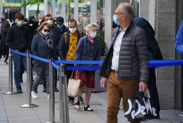 Germany「KaDeWe Department Store Reopens During The Coronavirus Crisis」:写真・画像(12)[壁紙.com]