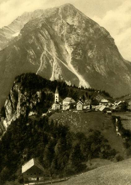 Dachstein Mountains「The Grimming」:写真・画像(6)[壁紙.com]