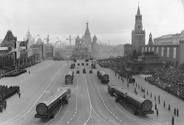 Red Square「Missile Parade」:写真・画像(0)[壁紙.com]