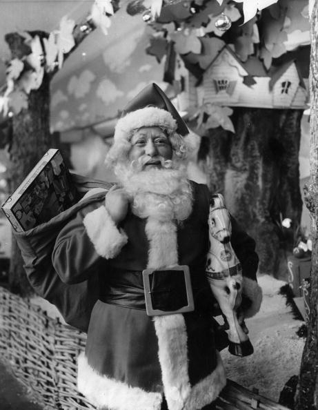 Monty Fresco「Happy Santa」:写真・画像(0)[壁紙.com]