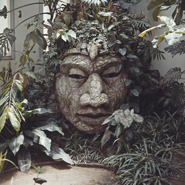 Leo Vals「Weathered Sculpture」:写真・画像(11)[壁紙.com]