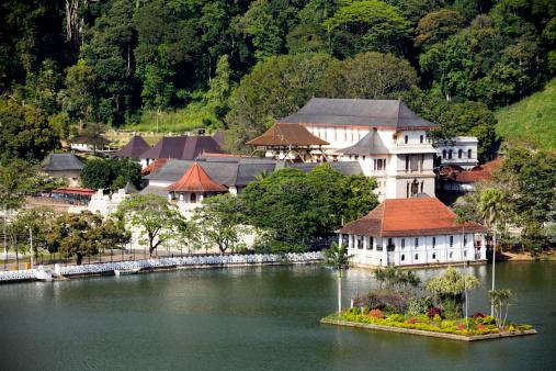 Sri Lanka「Photo of lake in kandy Sri Lanka」:スマホ壁紙(3)