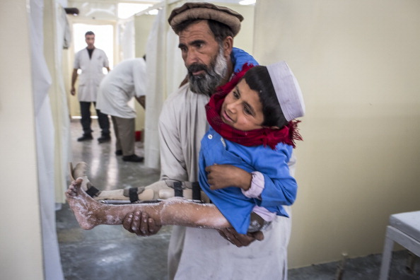 Kabul「Afghan War Amputees And Civilians Treated At ICRC Orthopedic Center」:写真・画像(17)[壁紙.com]
