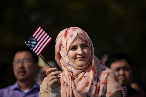 Citizenship「Liberty State Park Hosts Naturalization Ceremony For Immigrants To U.S.」:写真・画像(18)[壁紙.com]