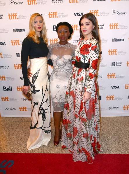 "39th Toronto International Film Festival「""The Keeping Room"" Premiere - 2014 Toronto International Film Festival」:写真・画像(15)[壁紙.com]"