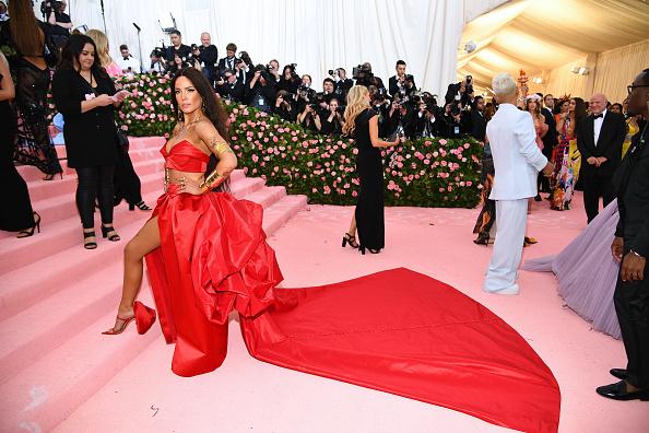 Crimped Hair「The 2019 Met Gala Celebrating Camp: Notes on Fashion - Arrivals」:写真・画像(18)[壁紙.com]